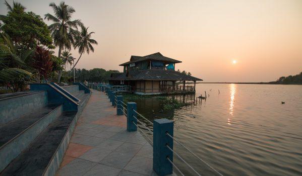 Lake side tourist village